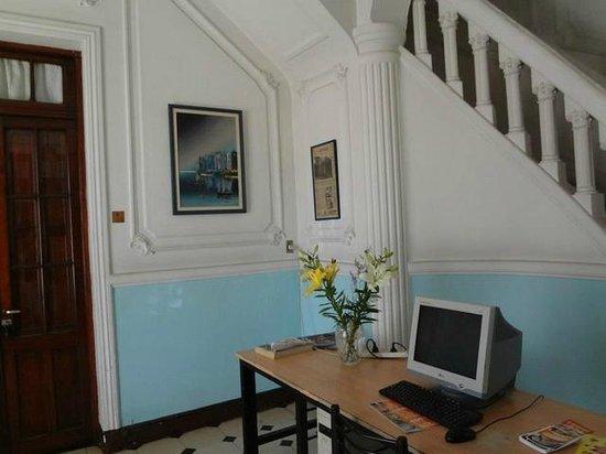 Chalet de Bassi: Hall
