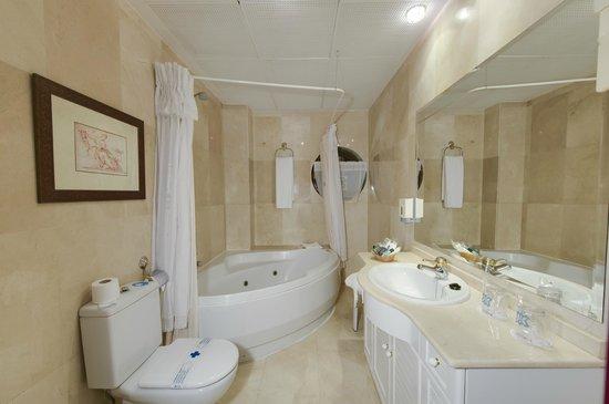 Hotel aida 7 9 55 opiniones comparaci n de - Spa en torrejon de ardoz ...