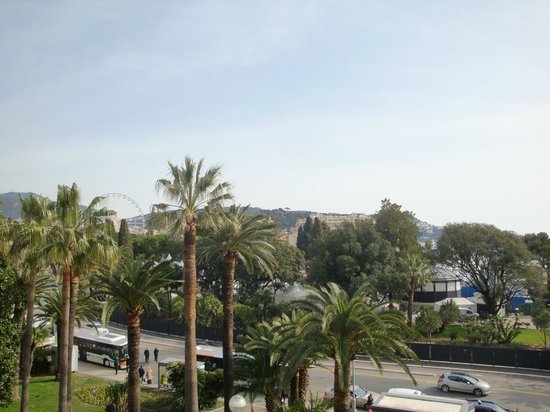 Mercure Nice Promenade des Anglais: View from garden room