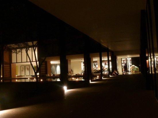 Anantara Chiang Mai Resort: Hotelgebäude