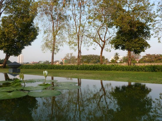 Anantara Chiang Mai Resort: Außenanlage