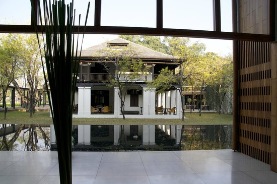 Anantara Chiang Mai Resort: Blick von der Lobby
