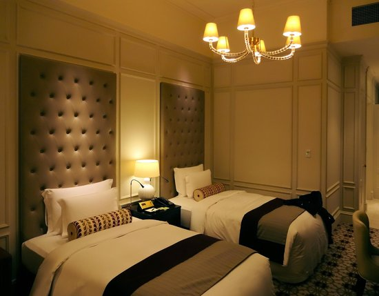 The Tokyo Station Hotel: Bedroom