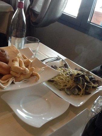 Al Porteghetto: spaghetti con vongole