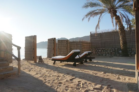 Six Senses Zighy Bay: Pic I took of our beach side villa view