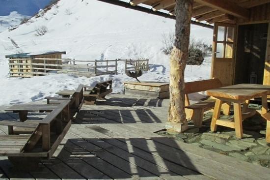 Hofgasteinerhaus terrace and sauna.