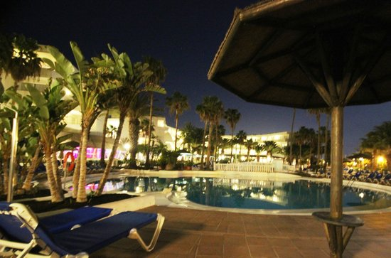 Sol Lanzarote All Inclusive : Pool side