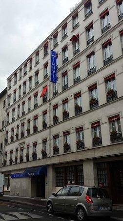 Timhotel Paris Gare de l'Est: facciata hotel