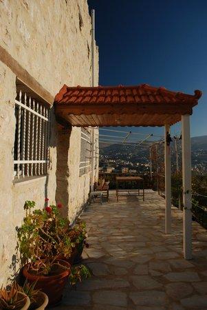 Petra Bed and Breakfast: Echt een mooi terrasje !