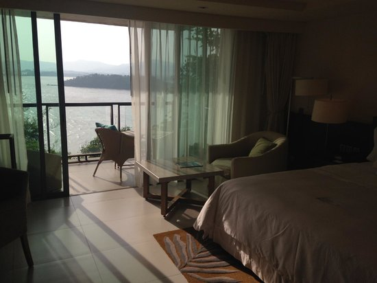 The Westin Siray Bay Resort & Spa Phuket: Basic King Room - great view!