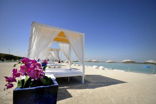 Hilton Capital Grand Abu Dhabi : side-trip (yas beach)