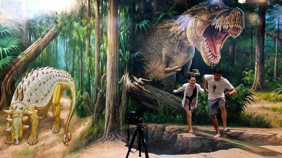 Art In Paradise D Exhibition Hall : Jurassic park picture of art in paradise chiang mai d