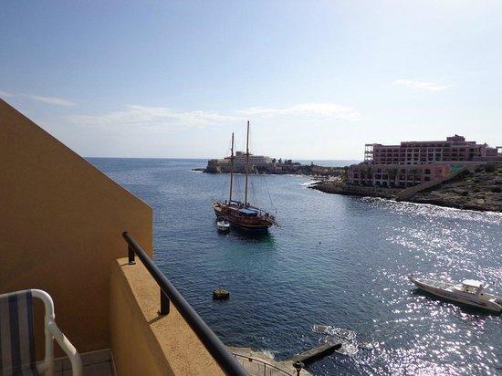 Marina Hotel Corinthia Beach Resort: Vue depuis le balcon