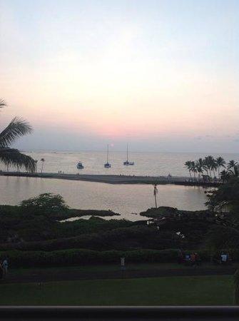 Waikoloa Beach Marriott Resort & Spa : Room View at Sunset