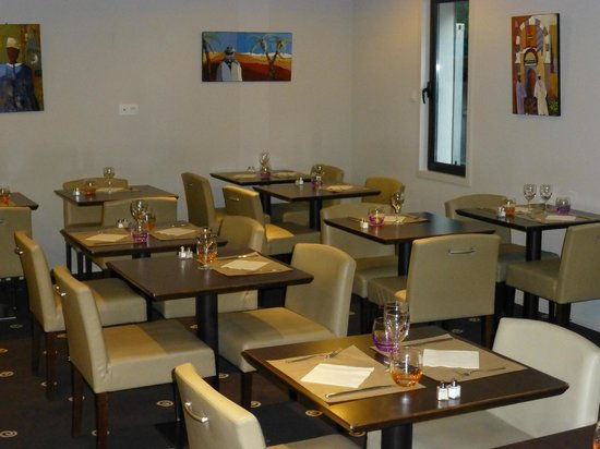 Kyriad Rennes Nord : Restaurant Le Délice
