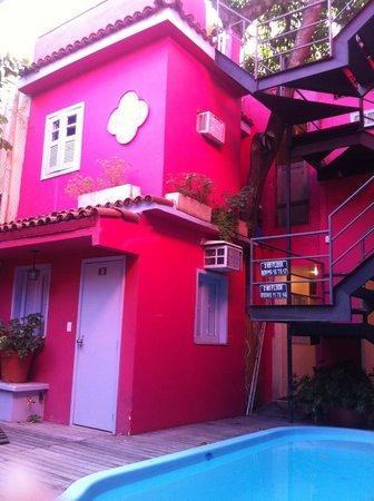 Bonita Ipanema Pousada & Hostel: Vista do deck da piscina