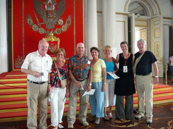 SPB Tours : Our group with guide Luba