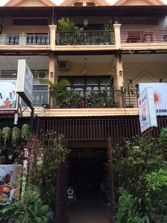 Photo of Amber villa & restaurant Phnom Penh