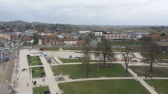 Crowne Plaza Stratford-Upon-Avon: Hotel in background on right. Taken from Theatre Tower