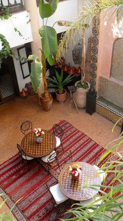 Riad Mur Akush: Riad Courtyard