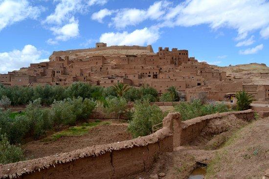 Riad Mur Akush: Ait Benaddou Kasbah- stop on the 3 day trek to the Sahara