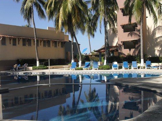 Posada Real Ixtapa : piscine au calme
