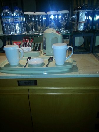 Hilton Dubai Jumeirah Beach : Coffee and tea