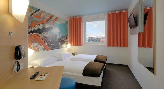 B&B Hotel Boeblingen : B&B Hotel Böblingen - Zweibettzimmer
