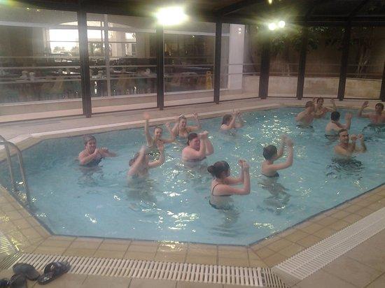 St Raphael Resort : Aquarobics class