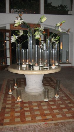 Belmond Maroma Resort & Spa: Candles in the lobby