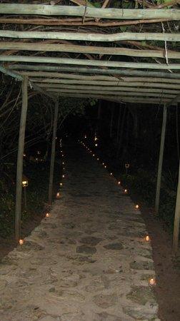 Belmond Maroma Resort & Spa : Candles everywhere!