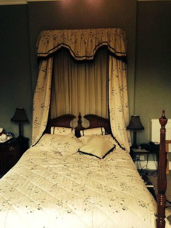 The Meadowsweet Hotel : Room 4