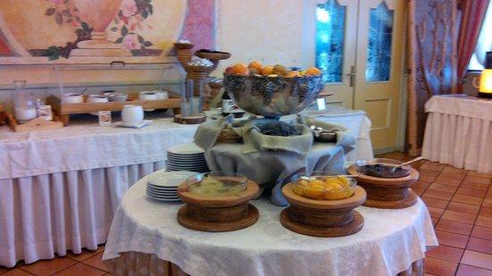 Centro Vacanze Veronza: colazione buffet