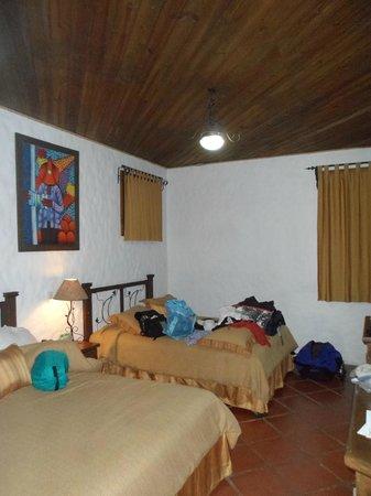 Casa Luna Hotel & Spa: Our room was spacious w/open patio door and balcony