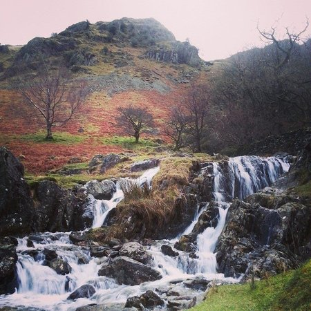 Crookabeck Bed & Breakfast: One of the many nearby waterfalls