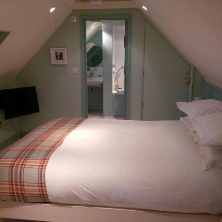 Quidhampton Mill Bed & Breakfast: The Loft