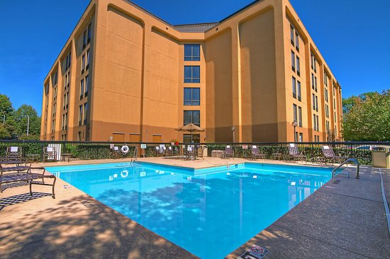 Hampton Inn Raleigh/Cary : Outdoor Pool