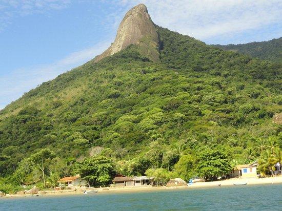 Pão de Açúcar Peak : the peak from the boat ride