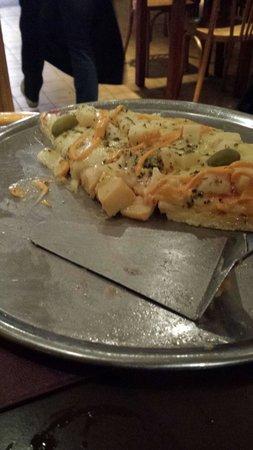 La Lechuza Restaurant: Final de pizza.... muito saborosa