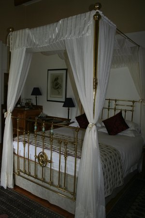 Altes Landhaus Country Lodge: The Four-Poster