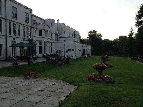 Botleigh Grange Hotel: Rear garden