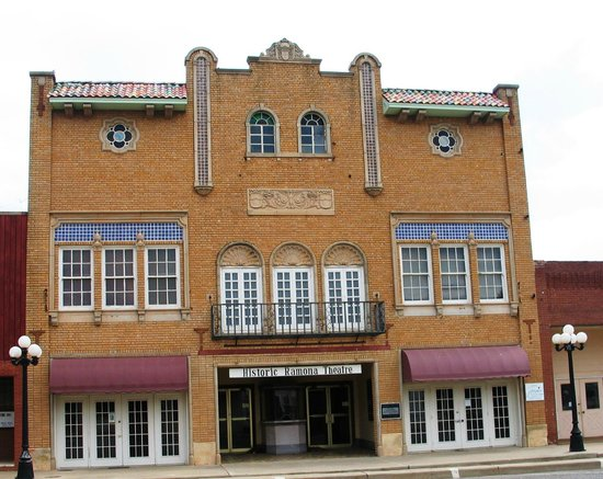 Frederick, OK: The glorious Ramona Theater.
