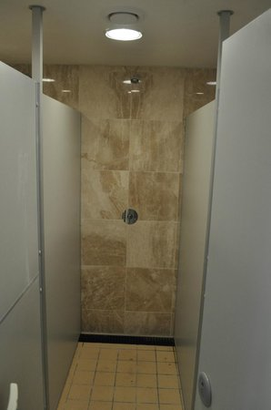 Cliff House Holiday Park: Existing Showers Re-tiled, new flooring and shower fittings