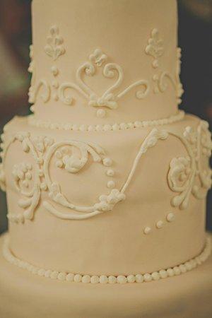 Palazzo Marziale: Our gorgeous wedding cake