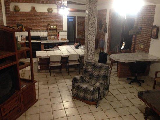 main living area/kitchen - picture of villas las olas, punta de