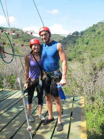 Costa Rica Waterfall Tours : First Zipline from the Water Rappelling Tour