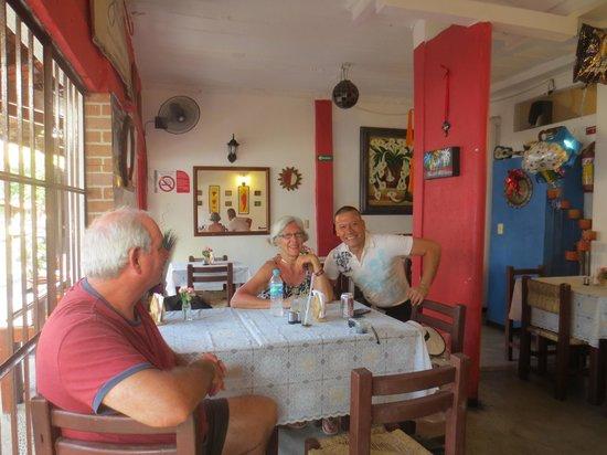 El Mole de Jovita: Sergio and my companions