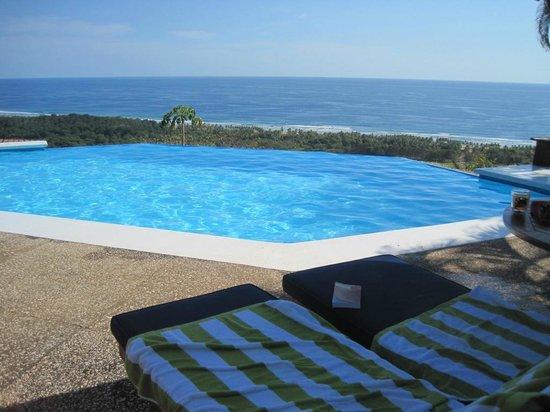 Cristal Azul: The pool