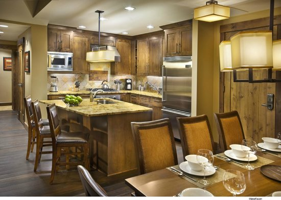 Northstar Lodge by Welk Resorts: Fully equipped kitchen in all lodge units