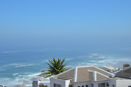 3 On Camps Bay Boutique Hotel: Sea view